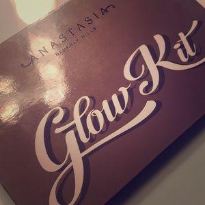 Anastasia BH Gold Glow Kit